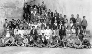 Alumnos y profesores del Instituto de Lorca (1928) / Pedro Menchón