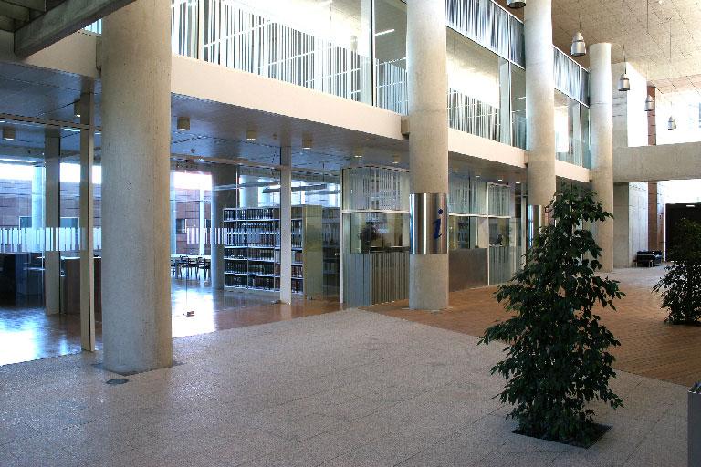 Sala de investigación y punto de información